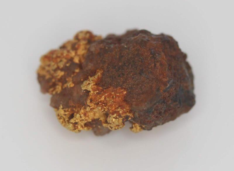 Natural Australian Gold Nugget Specimen - 2.41g 5