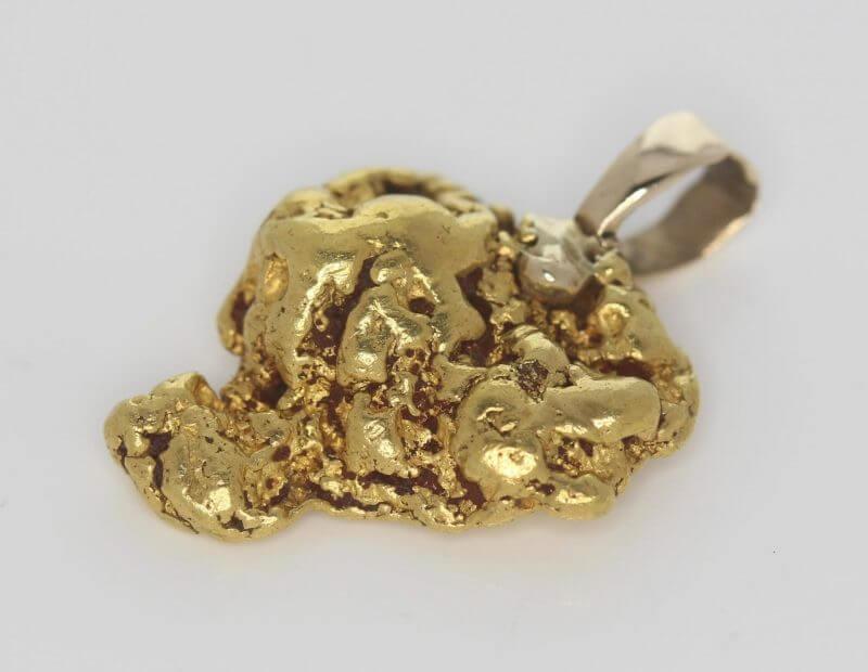 Natural Australian Gold Nugget Pendant - 9.07g 9