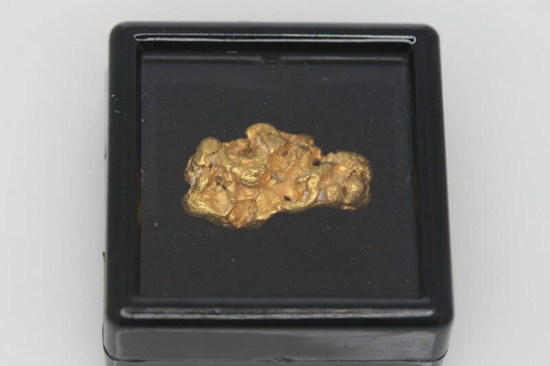 Natural Western Australian Gold Nugget - 4.89g 10