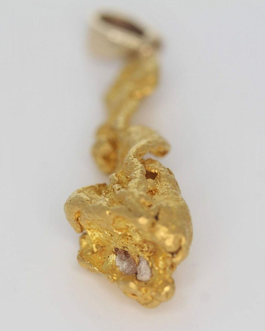 Natural Australian Gold Nugget Pendant - 6.94g 9