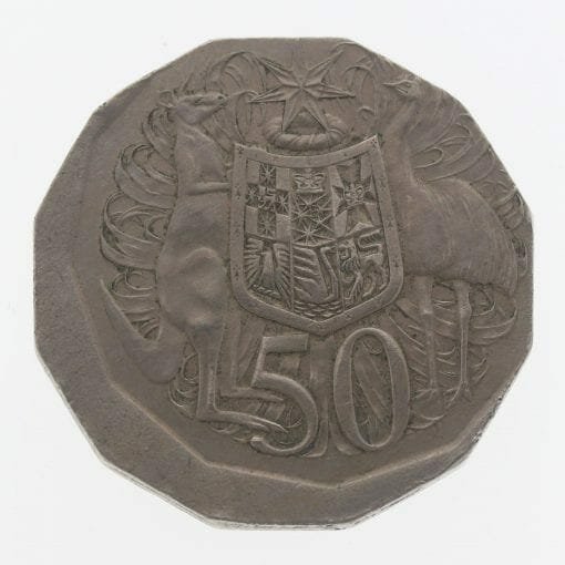 1976 Australian 50c Coin - Broadstrike Error - 50 Cent Coin 1